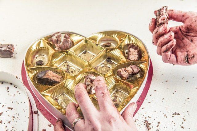 binge-eating-eating-from-emotions